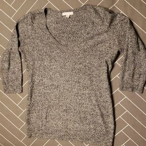 NY & Co 3/4 Sleeve Vneck Light Sweater size M